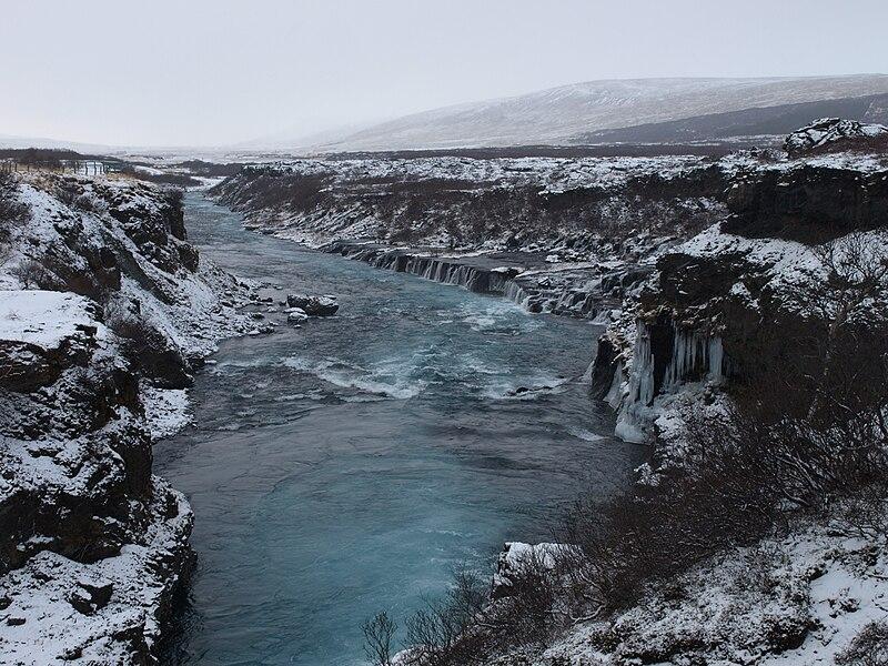 File:Hraunfossar-winter.JPG