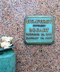 Humphrey Bogart Grave.JPG