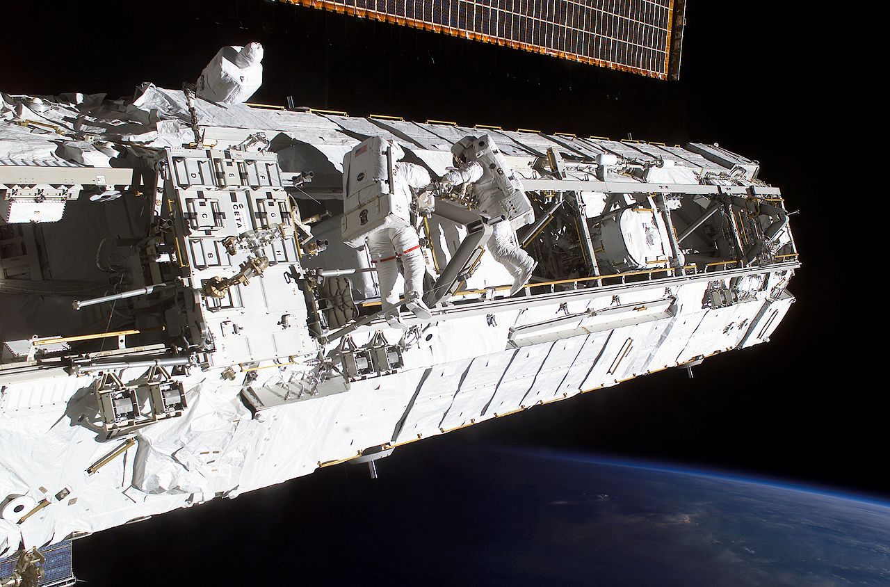 Satellite view of my house - Watch earth live from ISS