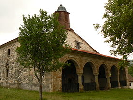 Izvora-church-02.jpg