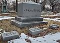John A. Roche's grave at Rosehill Cemetery, Chicago.jpg