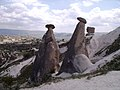 Kapadokya-ürgüp-göreme-zelve - panoramio - HALUK COMERTEL (13).jpg
