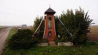 Kapliczka, okolica wsi Janin - panoramio.jpg