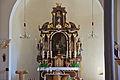 Kath. Pfarrkirche hll. Märtyrer Johannes und Paulus in Zissersdorf - Altar.jpg