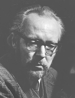 Kenneth Leighton British composer and pianist