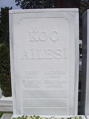 Koç family - Koç family grave at Zincirlikuyu Cemetery, Istanbul