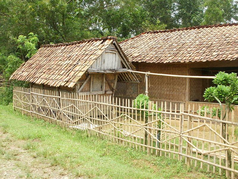 Saung KaWe (Kang Waone): Bambu