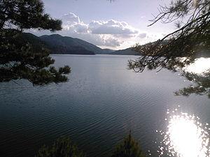 Ampollino Lake - Image: Lago Ampollino