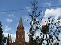 Laulupeotuli Tartu Peetri kiriku ees.JPG