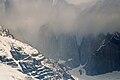 Les Torrès del Paine dans les nuages (2006).jpg