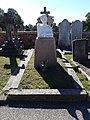 Lillie Langtry Grave.jpg