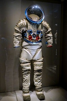 Litton B1-A Advanced Extra-Vehicular Suit, Litton Industries, 1969 - Kennedy Space Center - Cape Canaveral, Florida - DSC02895.jpg