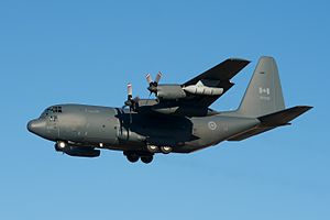Royal Canadian Air Force - CC-130H Hercules on approach to Winnipeg Airport