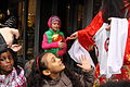 London-chinese-new-year-2011-giving-lucky-money.JPG