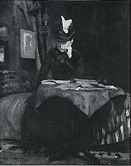 Lesende Dame am Tisch