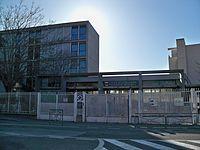 Lycée Frédéric Mistral Avignon.JPG