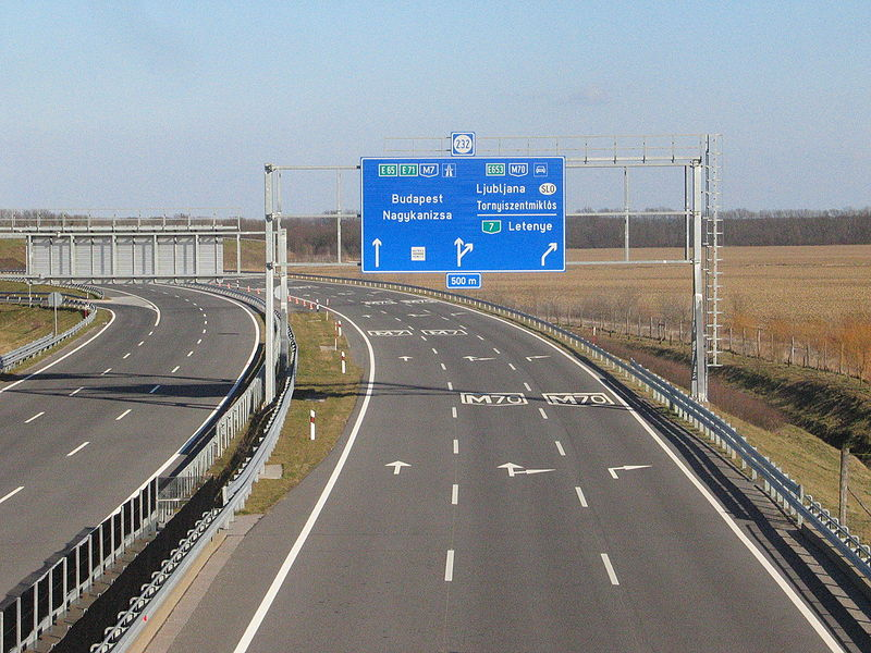 File:M7-es autópálya.jpg