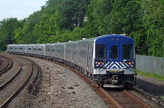 M7 (railcar) - An M7A leaving Morris Heights station