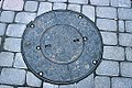 Manhole cover in Sapporo (1992-10 by sodai-gomi).jpg