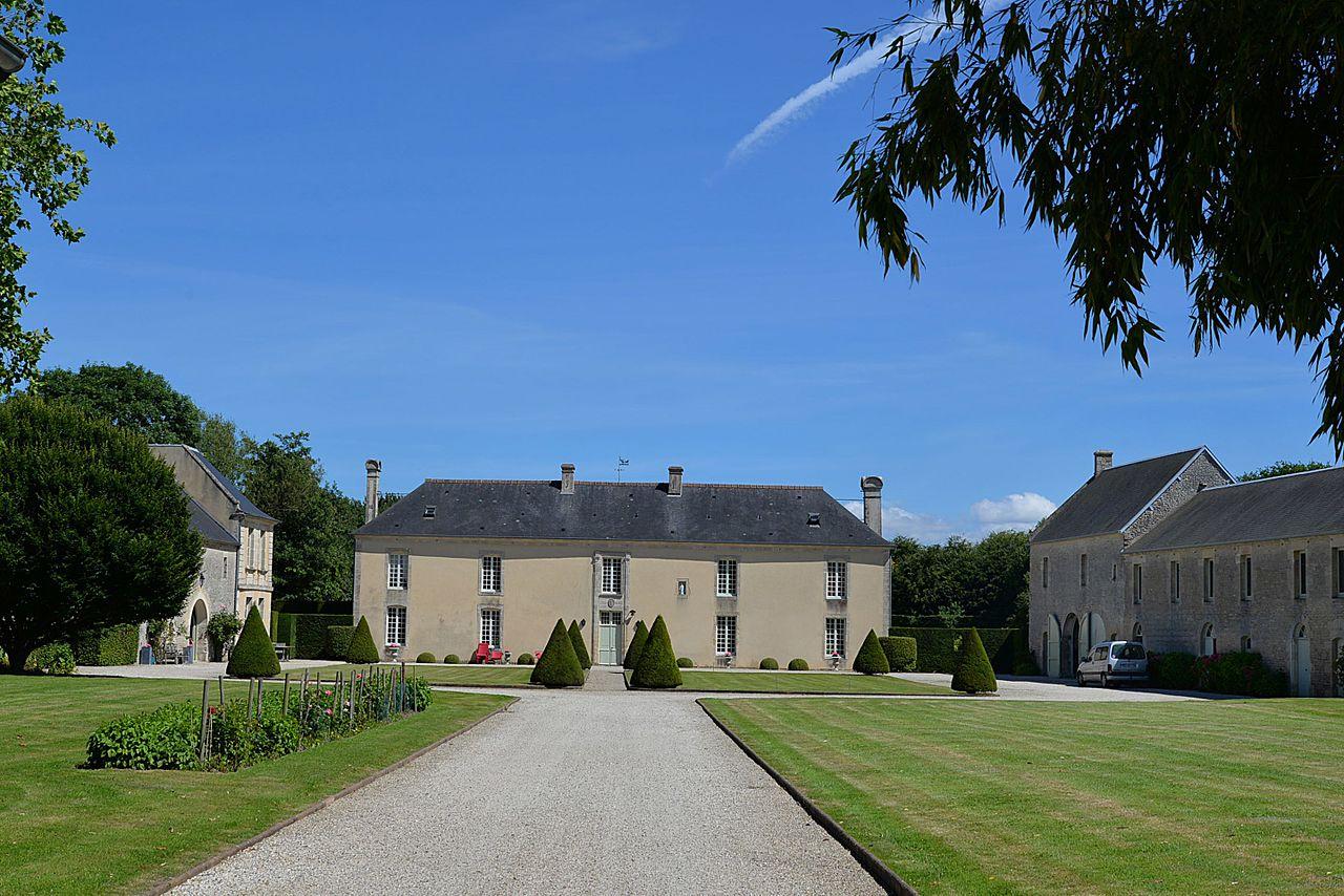 Manoir dit Maison de Blais à Crépon.jpg
