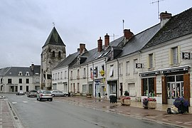 The shops and church in the centre of Manthelan
