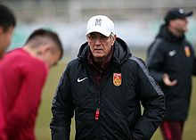 220px-Marcello_Lippi_in_China_training_0