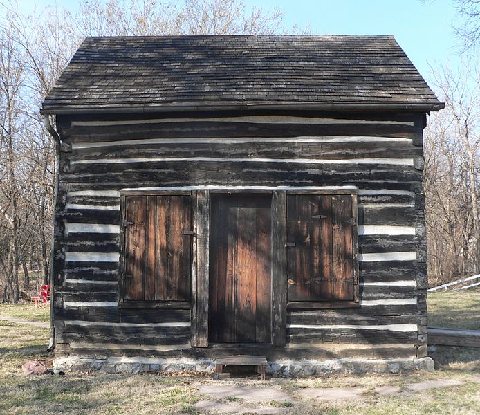 File:Mayhew Cabin from S 1.JPG