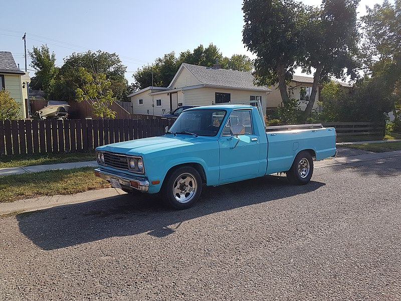 File:Mazda B2000 pickup truck - Flickr - dave 7.jpg