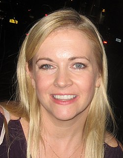 Melissa Joan Hart (36726572364) (cropped and rotated).jpg