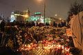 Memorial to November 2015 Paris attacks at French embassy in Moscow 23.jpg