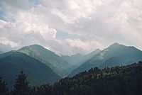 Mestia mountains.jpg