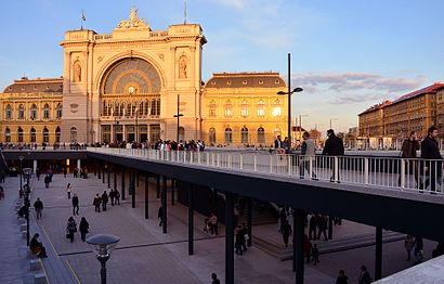 How to get to Keleti Pályaudvar M with public transit - About the place
