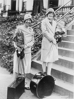 Mabel Vernon - Image: Miss Mabel Vernon, National Executive Secretary of the National Woman's party, and Miss Mary Moss Wellborn, 1928