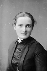 Miss Powell (later Mrs Pengwern Jones)