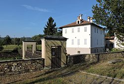 Mongrando borgo San Lorenzo 10.jpg