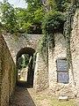 Montfort-l'Amaury (78), remparts sud de la ville 3.JPG