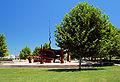 Monumento no Parque da Paz em Almada.jpg