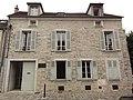 Moret-sur- Loing, maison communauté de communes Moret Seine et Loing.jpg