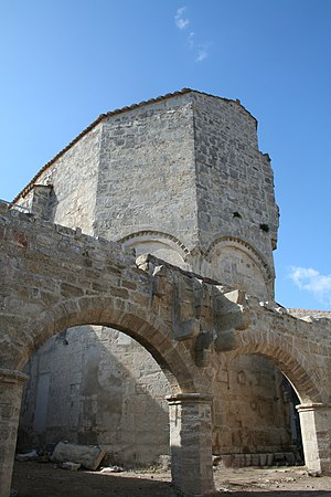 Murviel-lès-Montpellier - Romanesque polygonal apse of Saint-Jean-Baptiste church