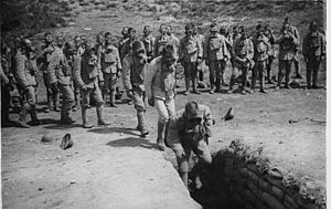 Portuguese Expeditionary Corps - CEP troops in gas warfare training.