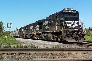 GE Dash 9 Series - Image: NS 8801 GE C40 9