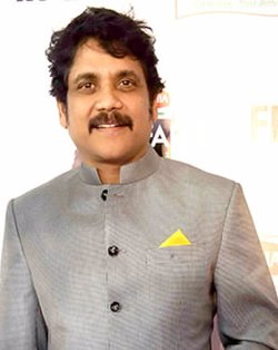 Nagarjuna at 62nd Filmfare awards south.jpg