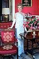 Nancy Reagan Red Room 1981 cropped.jpg
