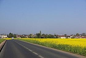 Noiseau vu depuis la route de La Queue-en-Brie
