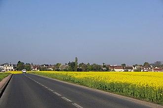 Noiseau - Noiseau seen from the road to La Queue-en-Brie