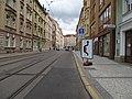 Nusle, Na Zámecké, značka povolené objíždění tramvaje.jpg