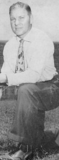 Ole Miss football coach Johnny Vaught in 1947.png