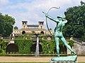 Orangerieschloss - Der Bogenspanner (Orangery - Archer With Taut Bow) - geo.hlipp.de - 38456.jpg