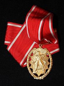 Orden narodnog heroja3.jpg