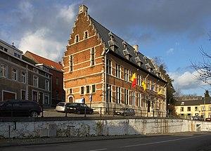 Overijse - Image: Overijse gemeentehuis 1